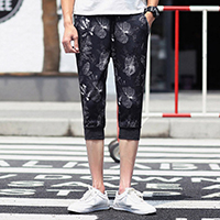 Polyester Middle Waist Men Capri Pants, different size for choice, printed, leaf pattern, black, Sold By PC